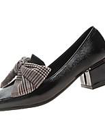 Недорогие -Жен. Полиуретан Весна Обувь на каблуках На толстом каблуке Квадратный носок Черный / Бежевый / Миндальный