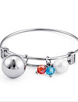 Недорогие -Жен. геометрический Браслет цельное кольцо - Титановая сталь, Серебрянное покрытие европейский, Мода Браслеты Бижутерия Серебряный Назначение Свадьба Повседневные