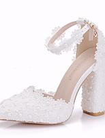 abordables -Femme Dentelle / Polyuréthane Printemps été Doux Chaussures de mariage Talon Bottier Bout pointu Imitation Perle / Fleur en Satin / Boucle Blanc / Mariage