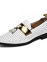 Недорогие -Муж. Комфортная обувь Полиуретан Весна лето На каждый день Мокасины и Свитер Нескользкий Белый / Черный