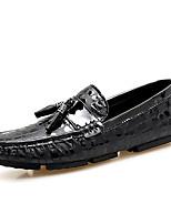 Недорогие -Муж. Кожаные ботинки Кожа Весна & осень На каждый день Мокасины и Свитер Черный / Красный / Тёмно-синий