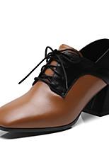 Недорогие -Жен. Наппа Leather Осень Милая / Минимализм Обувь на каблуках На толстом каблуке Квадратный носок Черный / Коричневый / Контрастных цветов