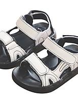 Недорогие -Девочки Обувь Кожа Лето Удобная обувь Сандалии для Дети Белый / Черный / Розовый