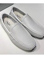 Недорогие -Муж. Комфортная обувь Наппа Leather Весна & осень Мокасины и Свитер Белый / Черный