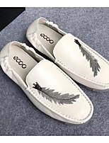 Недорогие -Муж. Комфортная обувь Наппа Leather Лето Мокасины и Свитер Белый / Черный / Коричневый