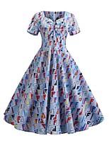 Недорогие -Жен. Уличный стиль С летящей юбкой Платье С принтом Сердцевидный вырез До колена