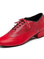 Недорогие -Муж. Обувь для латины Кожа Кроссовки На плоской подошве Персонализируемая Танцевальная обувь Черный / Коричневый / Красный