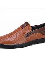 Недорогие -Муж. Комфортная обувь Наппа Leather Весна & осень Мокасины и Свитер Черный / Коричневый