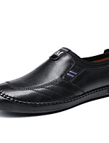 Недорогие -Муж. Комфортная обувь Кожа Весна & осень Мокасины и Свитер Черный / Темно-русый