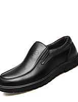 Недорогие -Муж. Комфортная обувь Наппа Leather Весна Мокасины и Свитер Черный / Коричневый