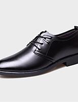 Недорогие -Муж. Официальная обувь Полиуретан Весна & осень Деловые Туфли на шнуровке Черный / Коричневый