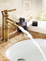 Недорогие -Ванная раковина кран - Широко распространенный Электропокрытие / Никель Полированная Другое Одной ручкой одно отверстиеBath Taps