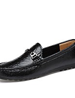 Недорогие -Муж. Комфортная обувь Кожа Весна Мокасины и Свитер Черный / Красный / Синий