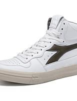 Недорогие -Муж. Комфортная обувь Микроволокно Наступила зима Кеды Белый / Черный