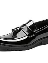 Недорогие -Муж. Официальная обувь Лакированная кожа Весна & осень Английский Мокасины и Свитер Черный