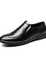 Недорогие -Муж. Комфортная обувь Наппа Leather Весна Мокасины и Свитер Черный / Темно-русый