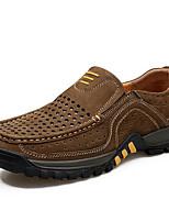 Недорогие -Муж. Комфортная обувь Кожа Весна & осень На каждый день Мокасины и Свитер Кофейный / Коричневый