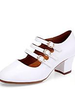 Недорогие -Жен. Обувь для модерна Искусственная кожа На каблуках Толстая каблук Персонализируемая Танцевальная обувь Белый / Черный