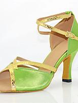 Недорогие -Жен. Обувь для латины Сатин На каблуках Кубинский каблук Персонализируемая Танцевальная обувь Зеленый