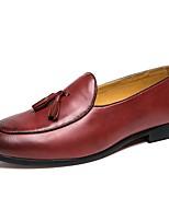 Недорогие -Муж. Комфортная обувь Полиуретан Осень Мокасины и Свитер Черный / Желтый / Красный