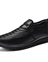 Недорогие -Муж. Комфортная обувь Полиуретан Зима Мокасины и Свитер Черный / Коричневый