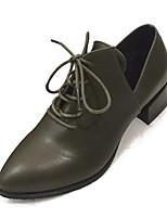 Недорогие -Жен. Полиуретан Весна Минимализм Обувь на каблуках На толстом каблуке Заостренный носок Черный / Военно-зеленный