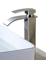 Недорогие -Ванная раковина кран - Водопад Хром Свободно стоящий Одной ручкой одно отверстиеBath Taps / Нержавеющая сталь