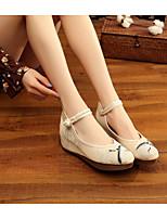 Недорогие -Жен. Полотно Весна Обувь на каблуках Туфли на танкетке Белый / Бежевый