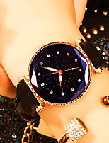 Недорогие -Жен. Наручные часы Кварцевый Кожа Черный / Красный / Коричневый Защита от влаги Творчество Аналоговый Мода Цветной - Красный Зеленый Розовый