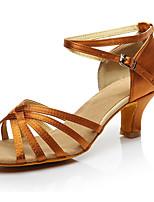 Недорогие -Жен. Обувь для латины Сатин На каблуках Кубинский каблук Танцевальная обувь Темно-коричневый