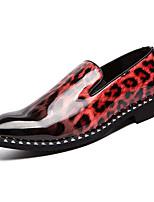 Недорогие -Муж. Комфортная обувь Полиуретан Весна На каждый день Мокасины и Свитер Нескользкий Леопард Белый / Красный / Синий