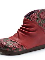 Недорогие -Жен. Кожа Весна Ботинки Туфли на танкетке Ботинки Коричневый / Красный
