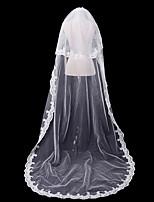 Недорогие -Два слоя Кружевная кромка / С кружевами Свадебные вуали Соборная фата с Однотонные 118,11 в (300см) 100% полиэстер