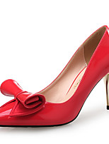 Недорогие -Жен. Лакированная кожа Весна & осень Классика / Милая Обувь на каблуках На шпильке Заостренный носок Бант Черный / Красный / Свадьба