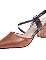 Недорогие -Жен. Полиуретан Весна Минимализм Обувь на каблуках На толстом каблуке Заостренный носок Бежевый / Темно-коричневый