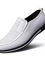 Недорогие -Муж. Комфортная обувь Полиуретан Весна На каждый день Мокасины и Свитер Нескользкий Белый / Черный / Коричневый