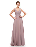 cheap -A-Line Elegant Beautiful Back Wedding Guest Formal Evening Dress V Neck Sleeveless Floor Length Chiffon with Pleats Crystals 2020