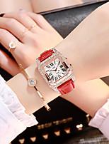 Недорогие -Жен. Кварцевые Мода Черный Белый Красный Искусственная кожа Китайский Кварцевый Черный Красный Розовый Повседневные часы Имитация Алмазный 1 ед. Аналоговый