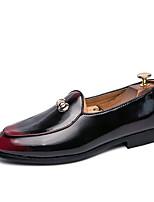 Недорогие -Муж. Официальная обувь Кожа Наступила зима Мокасины и Свитер Черный / Черный / Красный