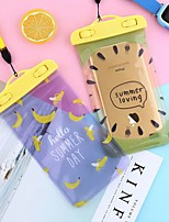 Недорогие -5.5-дюймовый фруктовый мультфильм мобильный телефон водонепроницаемый мешок открытый пвх водонепроницаемый чехол плавание висит шеи унисекс
