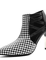 Недорогие -Жен. Обувь на каблуках На шпильке Заостренный носок Полиуретан Весна & осень Черный / Черно-белый