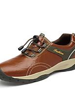 Недорогие -Муж. Обувь для вождения Наппа Leather Наступила зима На каждый день Мокасины и Свитер Для прогулок Нескользкий Черный / Коричневый / Хаки