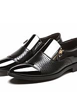 Недорогие -Муж. Официальная обувь Полиуретан Весна лето Мокасины и Свитер Черный / Коричневый