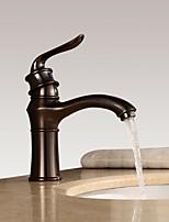 Недорогие -Ванная раковина кран - Широко распространенный Начищенная бронза По центру Одной ручкой одно отверстиеBath Taps
