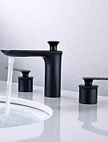 Недорогие -Ванная раковина кран - Широко распространенный Начищенная бронза По центру Две ручки три отверстияBath Taps
