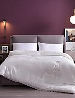 Недорогие -бамбук хлопок кружево жаккардовые вышитые двойной свадебный весной и осенью толстый комплект стеганое одеяло ядро