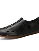 Недорогие -Муж. Комфортная обувь Полиуретан Лето Мокасины и Свитер Черный / Белый / Коричневый / на открытом воздухе