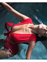 Недорогие -Жен. Спортивные Классический Красный Треугольник Завышенная Танкини Купальники - Однотонный Открытая спина S M L Красный