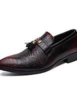 Недорогие -Муж. Комфортная обувь Полиуретан Осень На каждый день Мокасины и Свитер Нескользкий Контрастных цветов Черный / Красный