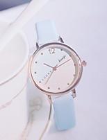 Недорогие -Жен. Часы-браслет Кварцевый Кожа Повседневные часы Милый Аналоговый минималист - Черный Белый Красный